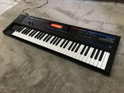 Teclado sintetizador Roland Juno Di
