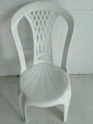 200 Cadeiras Bistrô Tramontina Laguna em Polipropileno Branco