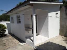 Casa fundos 1 dorm centro Cachoeirinha
