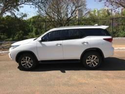 Toyota Hilux SW4 2.7 4x2 Srv Flex Automático Branco