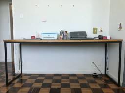 Mesa para trabalho
