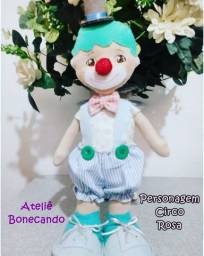 Boneco Circo Rosa em feltro sob encomenda