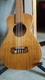 fazemos ukulele sob encomenda