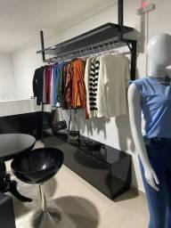 Vendo móveis para loja de roupa