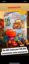 Livro dos amigos fantásticos da Disney com miniaturas dos personagens