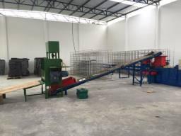 Máquina para Fabricar Telhas de Concreto Semi Novo