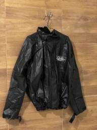 Capa/roupa de chuva para motociclistas