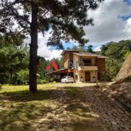 Casa 03 quartos com suíte, em Marechal Floriano com fogão a lenha, churrasqueira