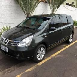 Nissan Livina 1.8 aut. 13/13 . R$ 25.000,00 .