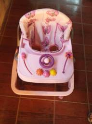 Vendo andador de bebê