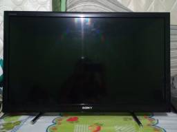 Vende-se,2 TVs com defeito,valor 1.600