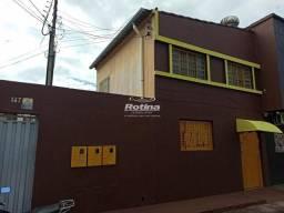 Casa para aluguel, 2 quartos, Centro - Uberlândia/MG