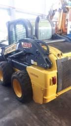Minicarregadeira Bobcat New Holland L218