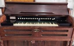 Órgão antigo