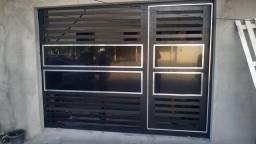 Portões em Aluminios e vidros temperados