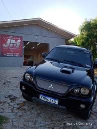 L200 sport hpe 4x4