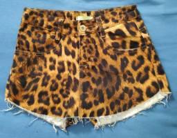 Short saia onça e short jeans 36