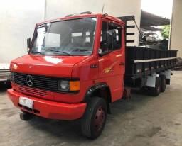Mercedes 1114 Truck