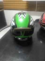 Vendo/troco capacete texx novo