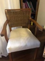 Cadeira em madeira e rattan - peça única- ótimo estado!