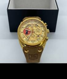 Relógio Tag Heuer - John Walker Fundo Dourado
