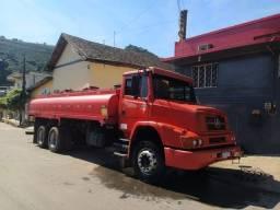 1620 2005 com tanque de combustível