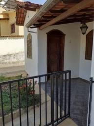 Casa com galpão rua Apa 165 Caiçara