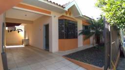 Aluga-se casa no Parque Hortência I