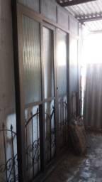 Porta de aluminio de correr