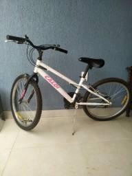 Vendo Bike feminina aro 24 pouco uso