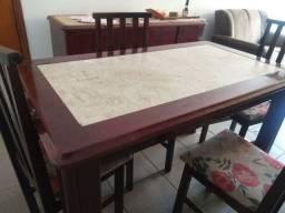 Mesa jantar com tampo de marmore e 4 cadeiras