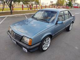 Chevrolet Monza SL 1990