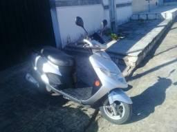 Moto Bugman