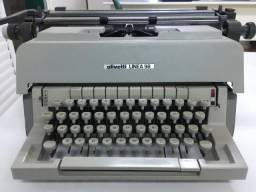Máquina de escrever Olivetti Linea 98, excelente estado!