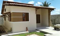 Alugo casa em Parnamirim em condomínio fechado