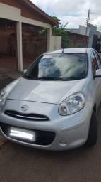 Nissan March 11/12 1.0 total flex 16v - 2011