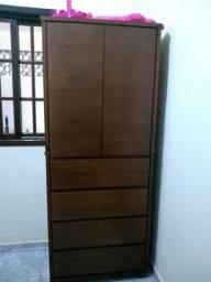 Guarda-roupas madeira solteiro