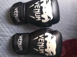 Luva de boxing nunca usada