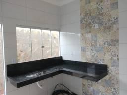 Casa no bairro Sorriso II em Patos de Minas/MG, sozinha no lote de 200m2