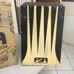 Instrumento musical (Tambor) eletrônico com pequeno arranhão !!