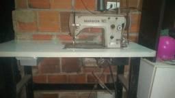 Vendo uma máquina de costura 21.