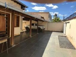 Casa com 3 dormitórios à venda, 220 m² por R$ 620.000,00 - Todos os Santos - Montes Claros