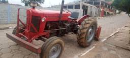 Trator 65x ano 75