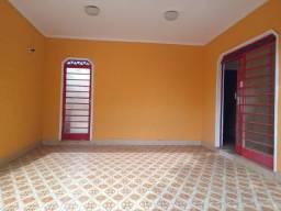 Casa para alugar, 178 m² por R$ 2.500,00/mês - Vila Cardia - Bauru/SP