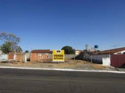 Terreno em rua - Bairro Vila Santa Efigênia em Goiânia