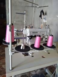 Máquina de costura galoneira Zoje semi nova só 4 meses de uso