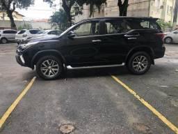 Hilux sw4 srx 2017 diesel aceito financiamento aceito troca em outro carro - 2017