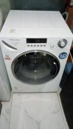 Vendo máquina de lavar  roupas aceito  cartão de crédito ou débito