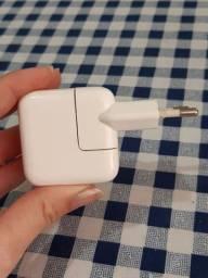 Adaptador USB de tomada Apple