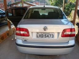 Vendo Polo Sedan 1.6 completo c/ GNV